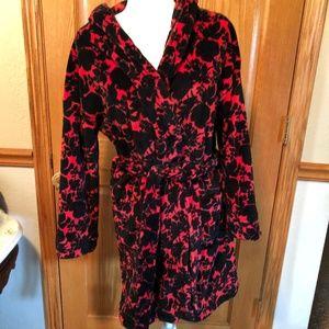 Vera Bradley Silhouette Floral Plush Robe EUC S/M